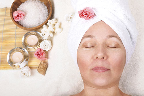 Woman receiving a spa facial